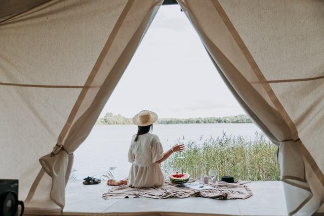 Glampings in Nederland 15 x luxe kamperen in safaritent of lodge